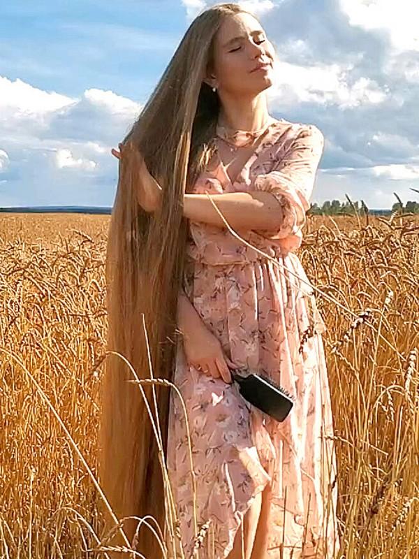 VIDEO - Fields of hair 2