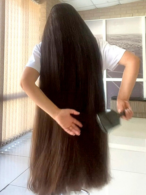PHONE VIDEO - The QUEEN of THICK hair! 2