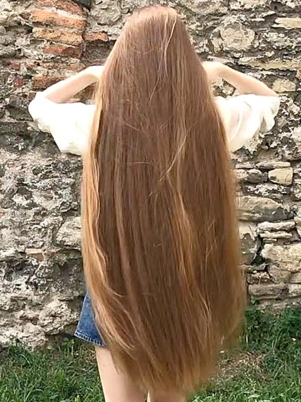 VIDEO - Rapunzel's castle
