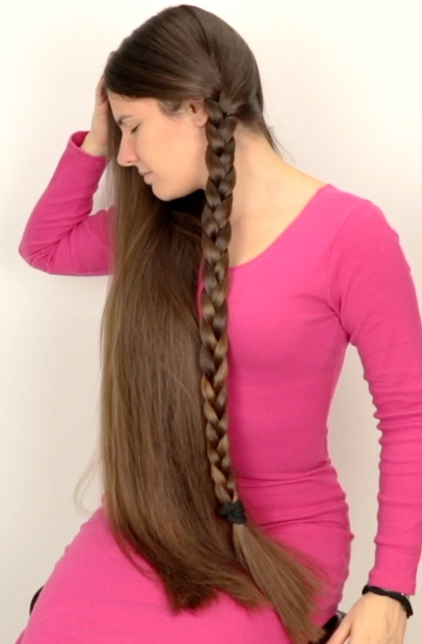 VIDEO - Double braids and pink