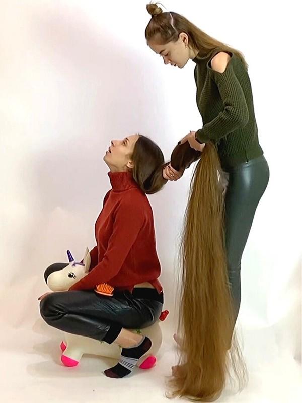 VIDEO - Rapunzel's unicorn