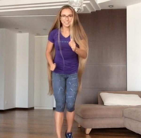 VIDEO - Long hair exercise