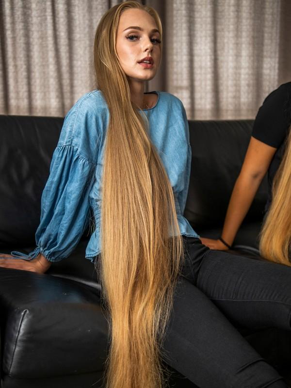 PHOTO SET - Gorgeous blonde hair photoshoot