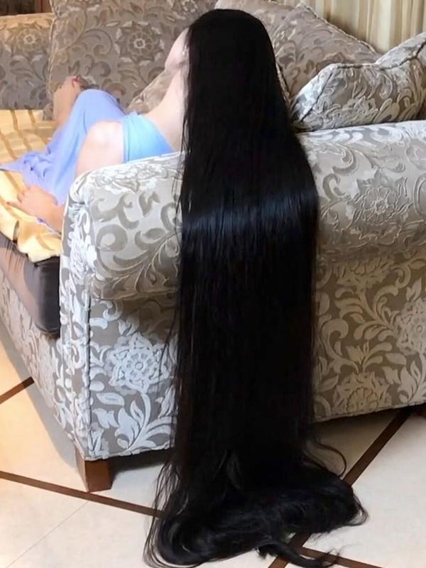 VIDEO - Rin's sofa