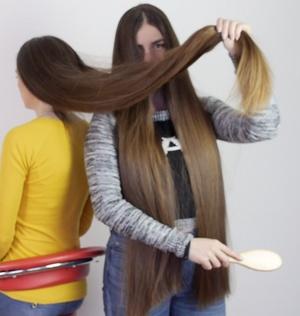 VIDEO - Helena´s hair is growing FAST!