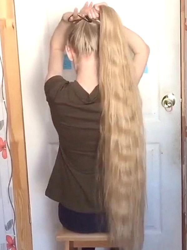 VIDEO - Brush, bun, braid