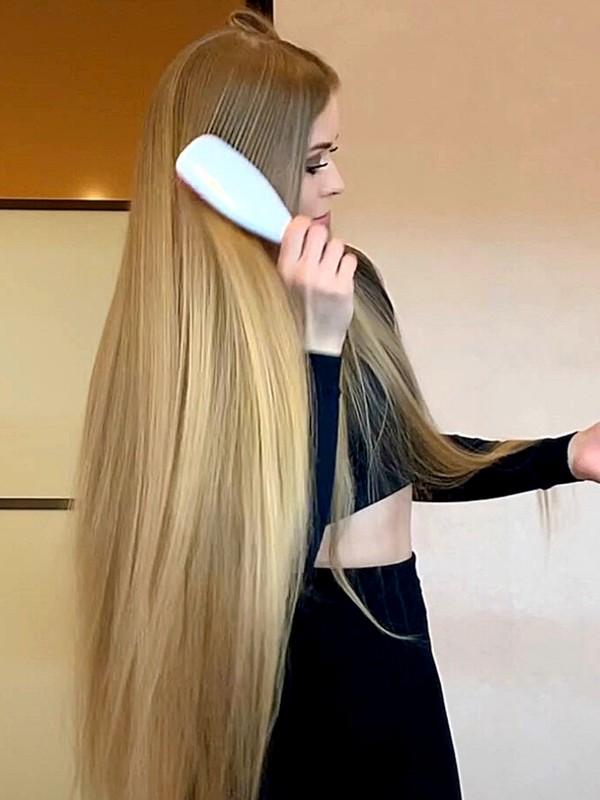 VIDEO - A new Elena