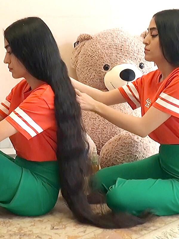VIDEO - Rapunzel twins