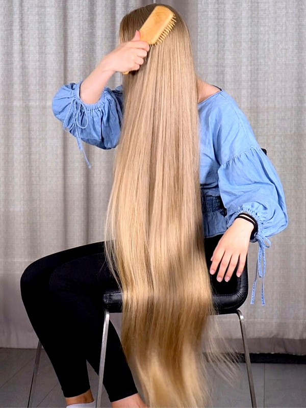 VIDEO - The perfect hair brushing
