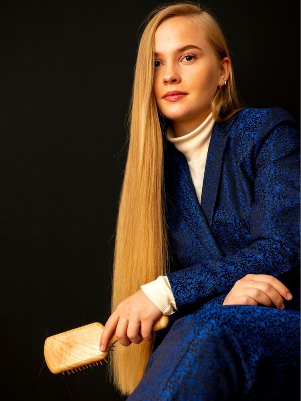 PHOTO SET - Blonde elegance in blue