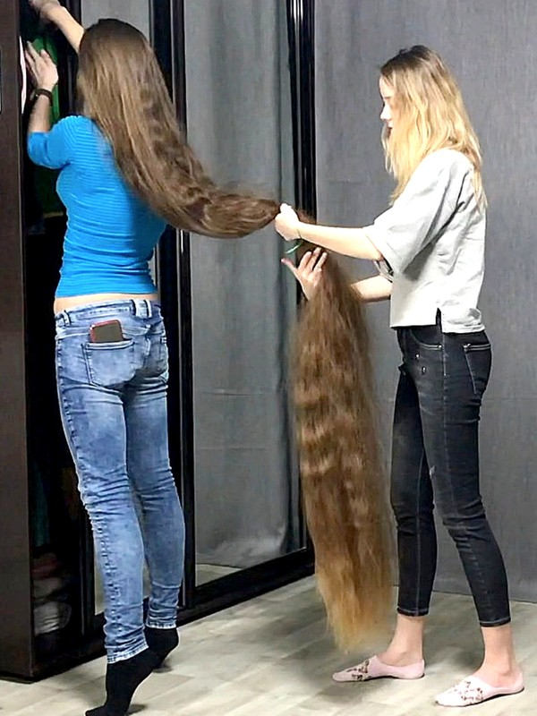 VIDEO - Rapunzel's helper
