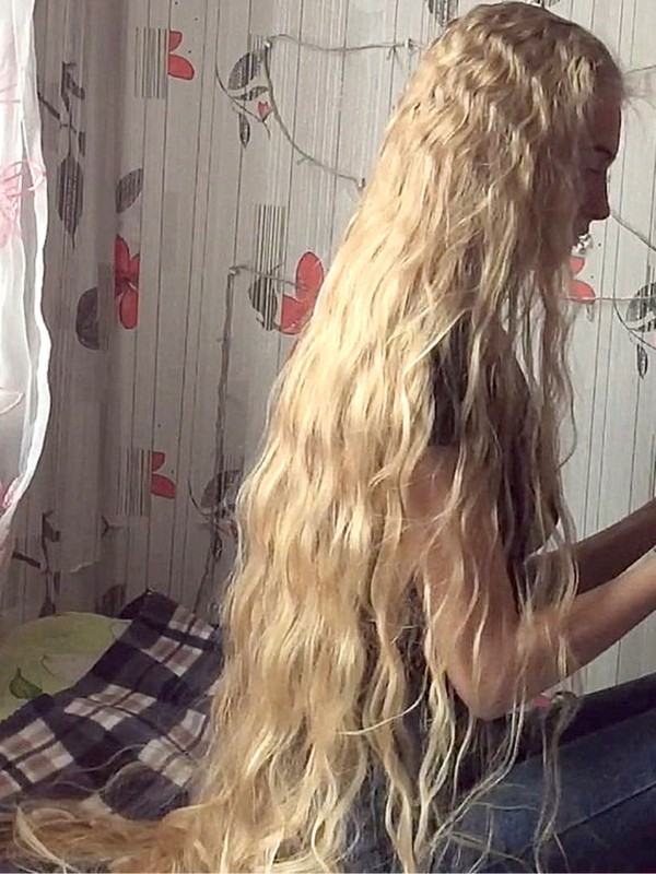 VIDEO - Christina's braid waves