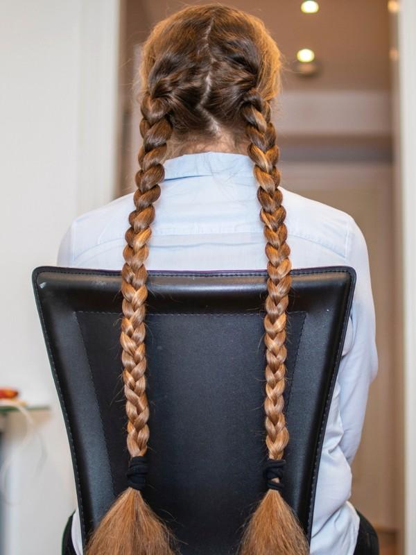 PHOTO SET - Siri's double braids photoshoot