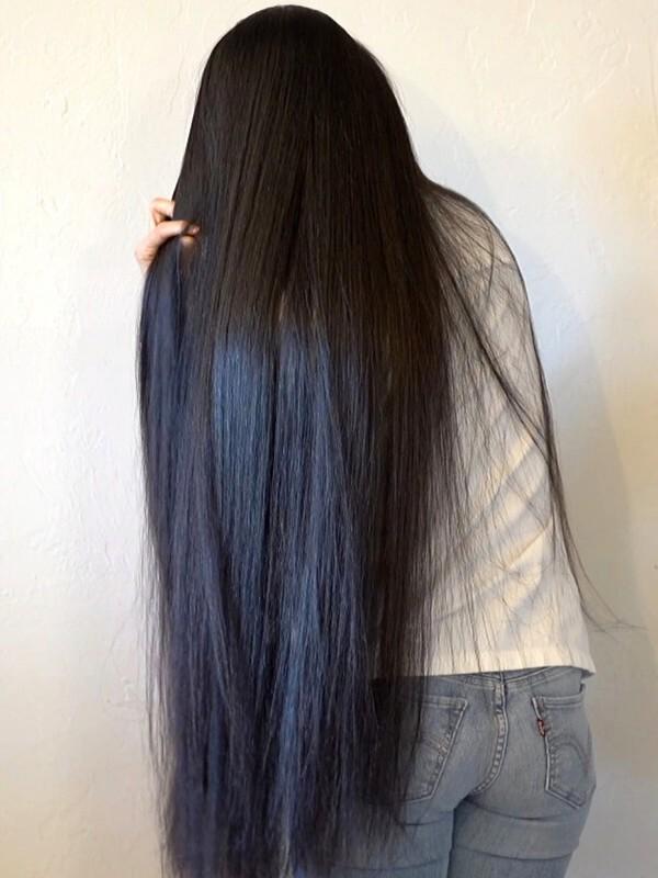 VIDEO - Long healthy black hair