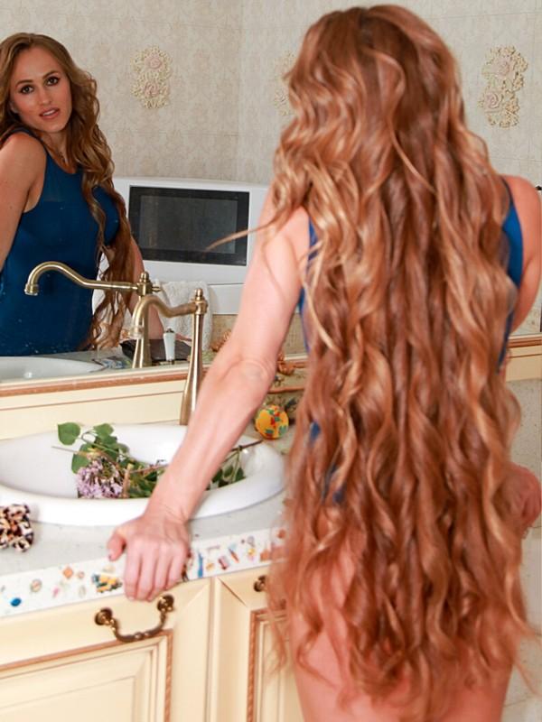 PHOTO SET - Beautiful Julia photoshoot
