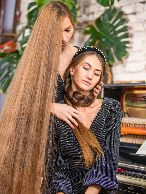 PHOTO SET - Extremely long hair by the piano photoshoot