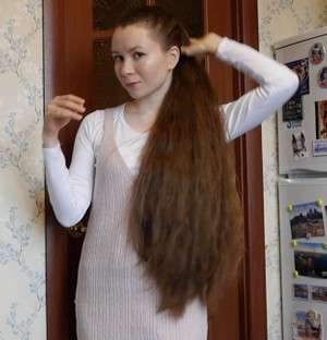 VIDEO - Thick and silky classic length hair