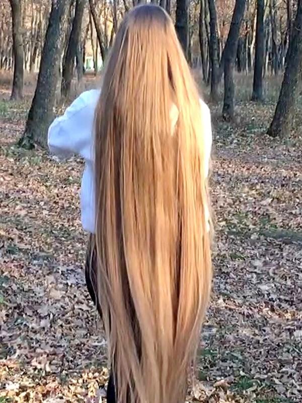VIDEO - Rapunzel walk