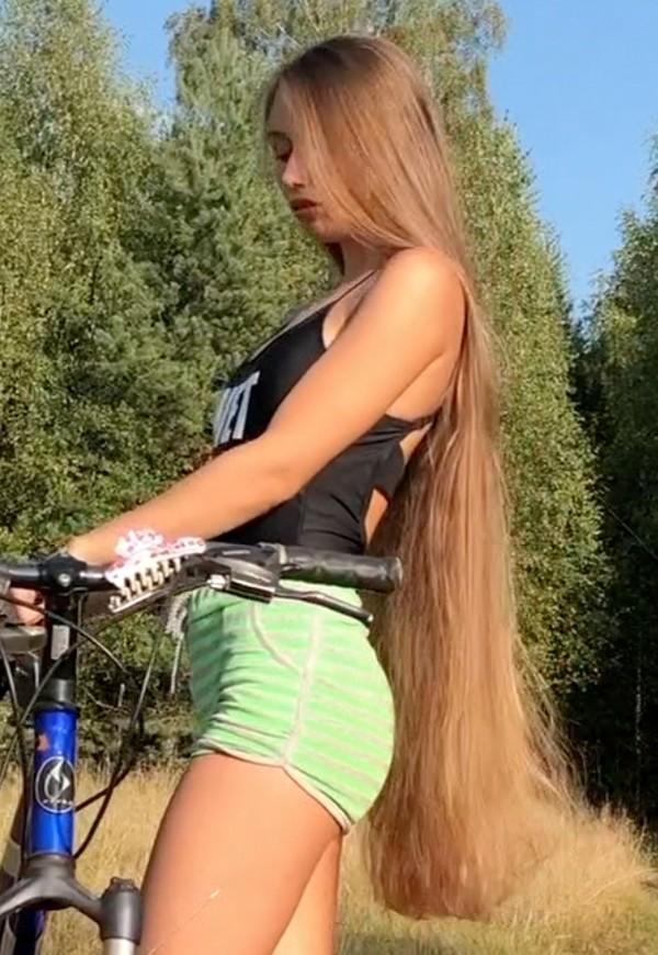 VIDEO - Vera's bike (part 2)