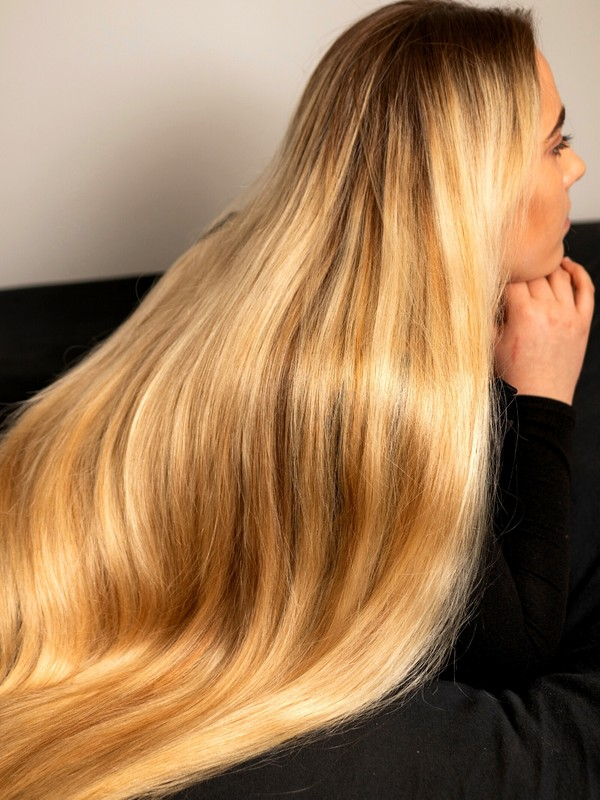 PHOTO SET - Blonde ultimate silky hair perfection photoshoot
