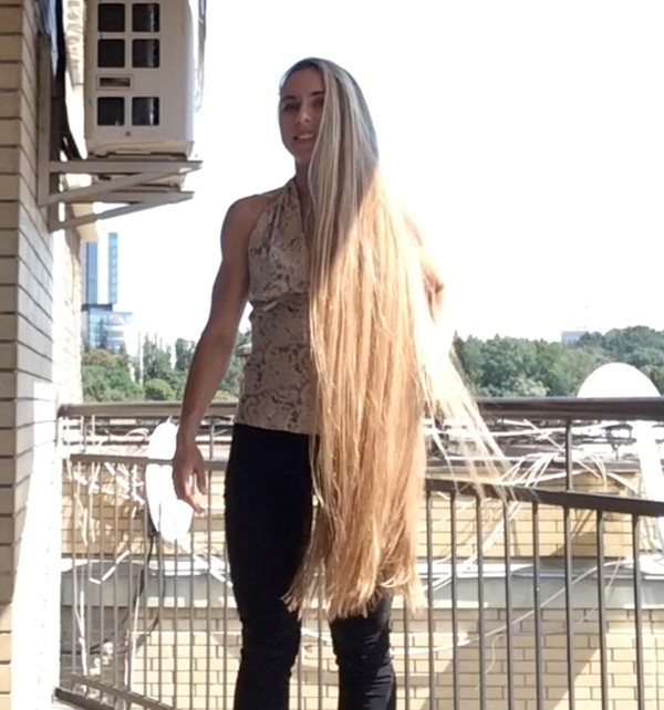 VIDEO - Rapunzel´s balcony