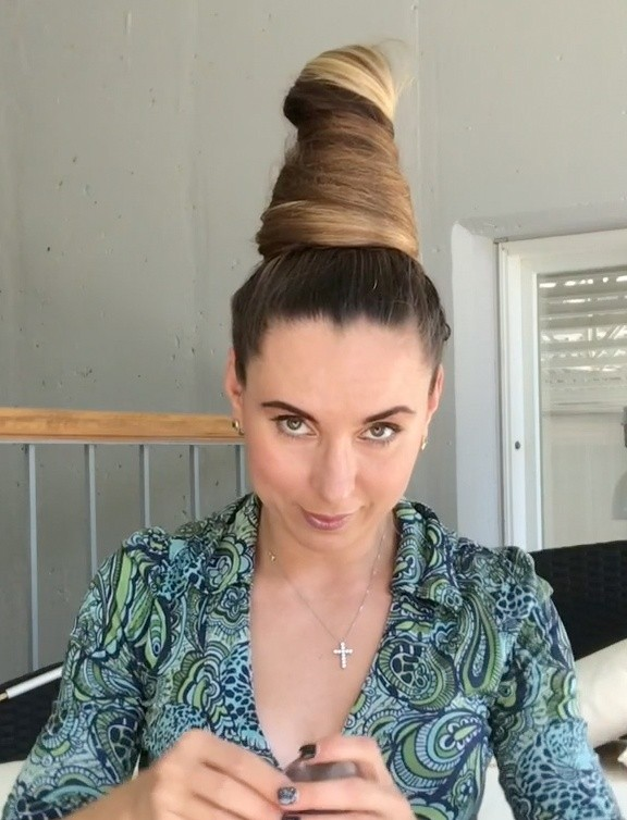 VIDEO - Tower bun + special buns