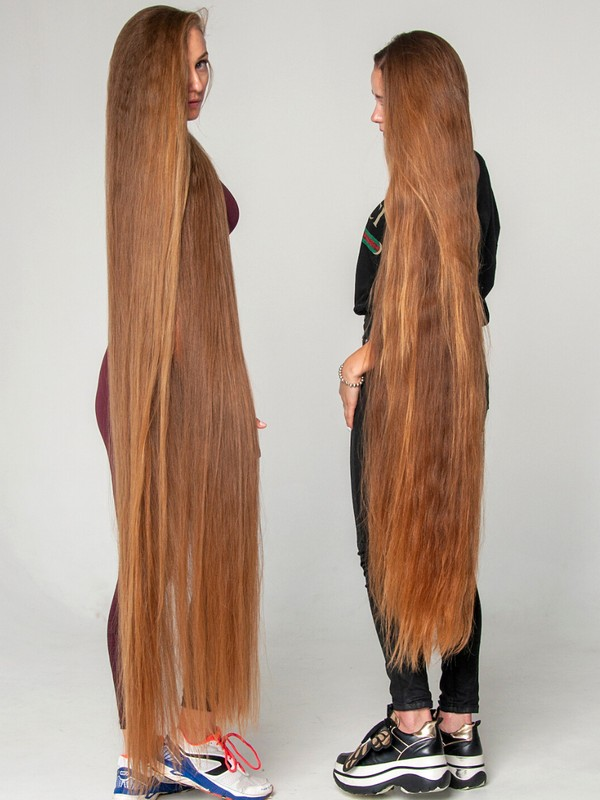 PHOTO SET - Two women with extremely long hair photoshoot