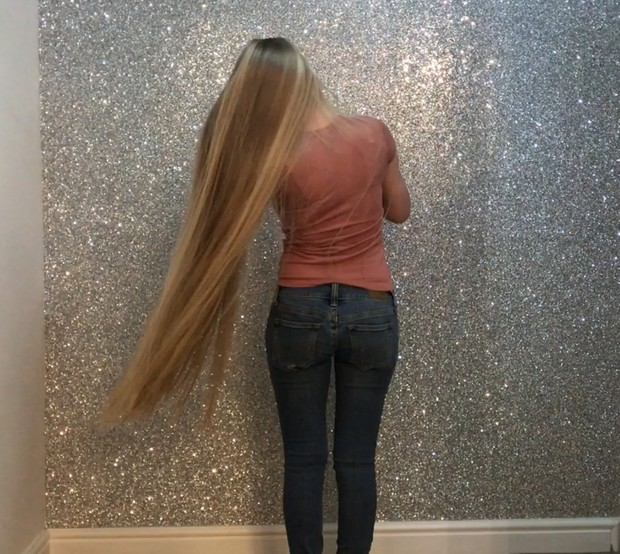 VIDEO - Long, healthy, silky, straight (FREE)