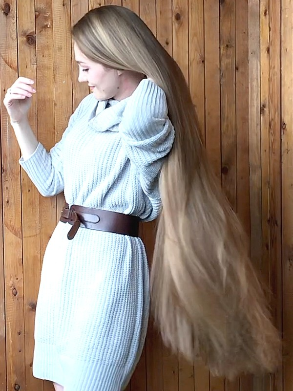 VIDEO - Perfect modeling, perfect hair