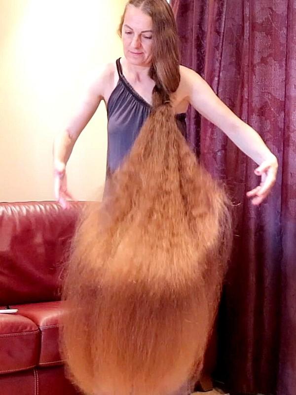 VIDEO - Mind blowing hair