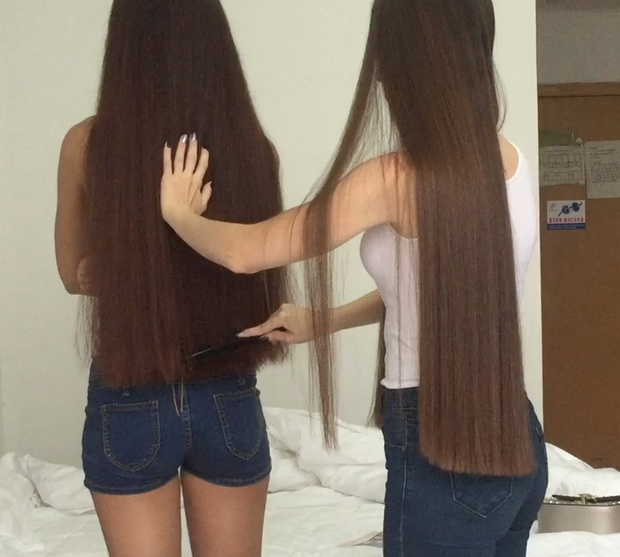 VIDEO - Classic length hair + hip length hair (part 1)