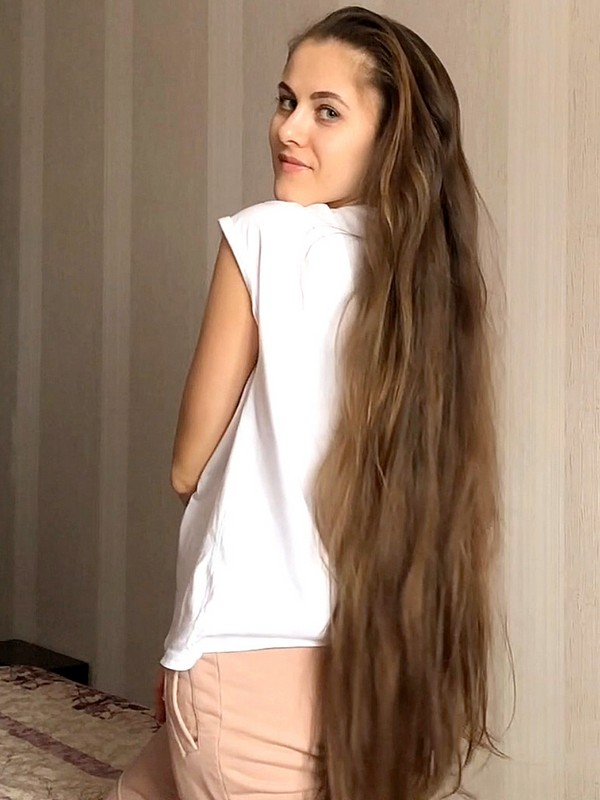 VIDEO - Soft, silky and beautiful