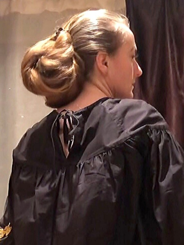 PHONE VIDEO - Lidia, the lady with so much hair!