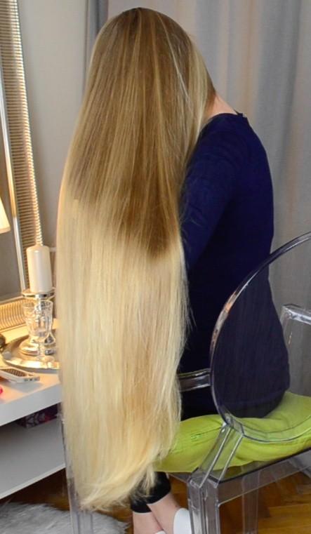 Video Premium Blonde Hair Classic Length Realrapunzels
