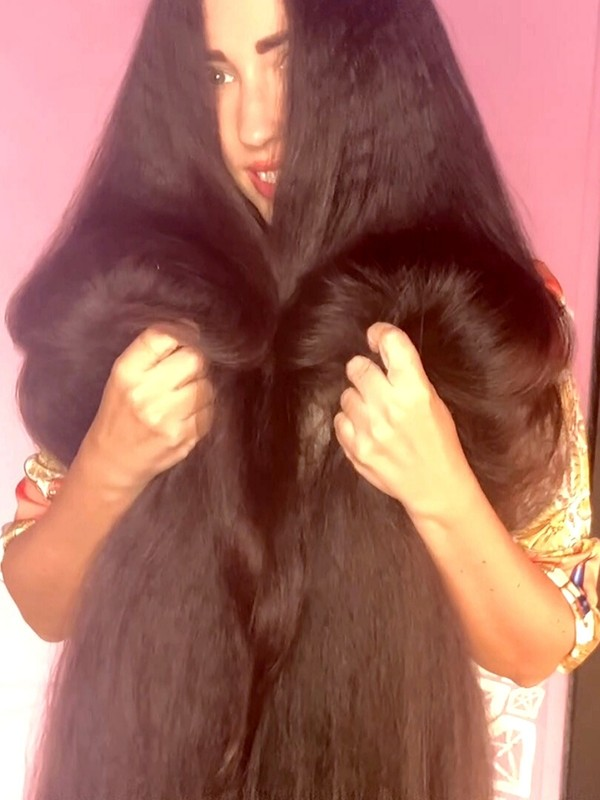 VIDEO - Extreme hair thickness