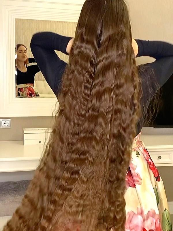 VIDEO - Svetlana's braid waves