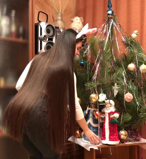 VIDEO - Silky Christmas