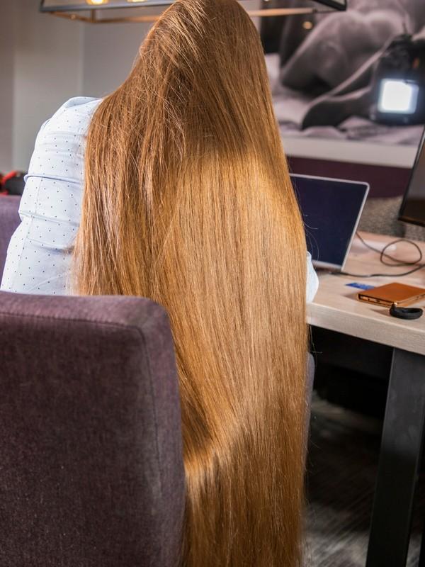 PHOTO SET - Brunette office Rapunzel photoshoot