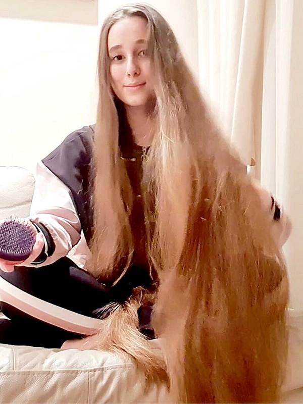 VIDEO - Daniela