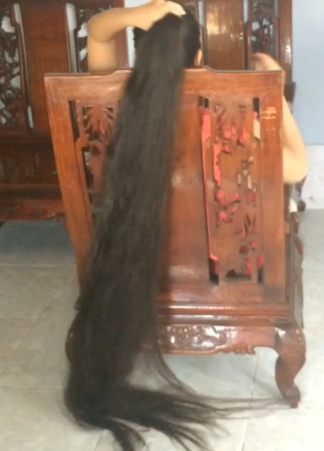 Long hair play videos