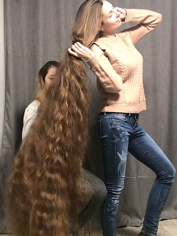 VIDEO - Extreme amount of hair