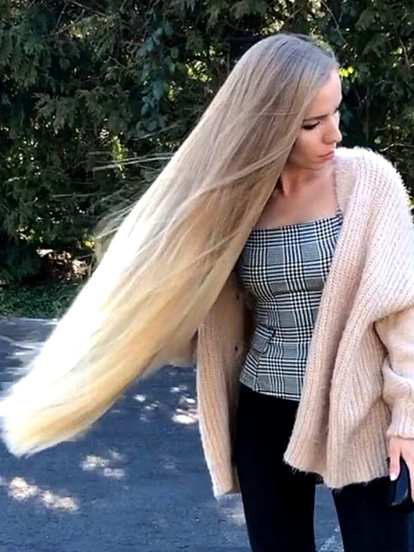 VIDEO - Sunlit blonde hair