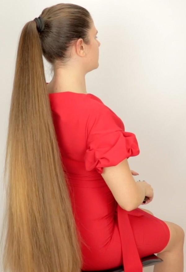 VIDEO - Tight, high ponytail