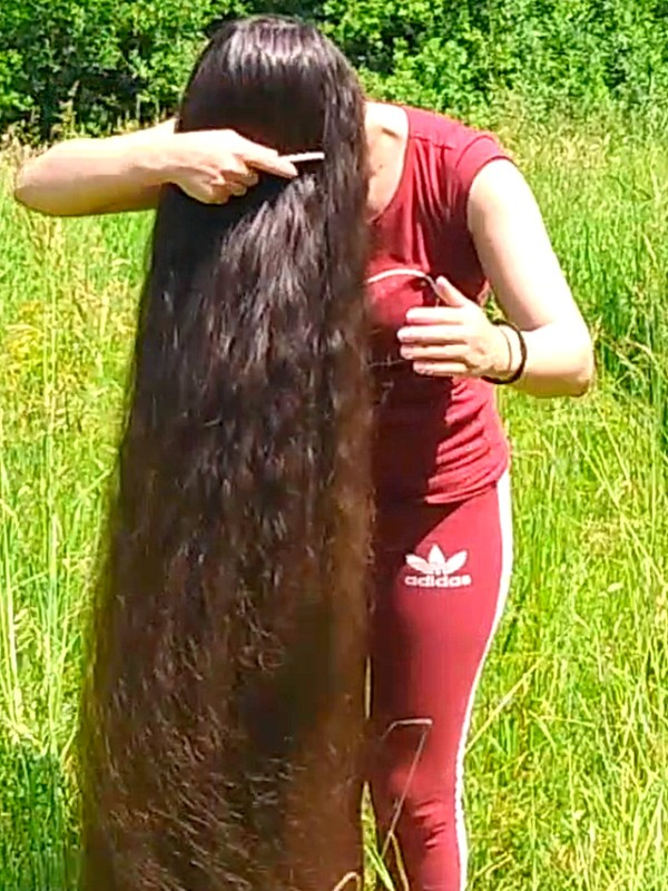 VIDEO - The long hair field