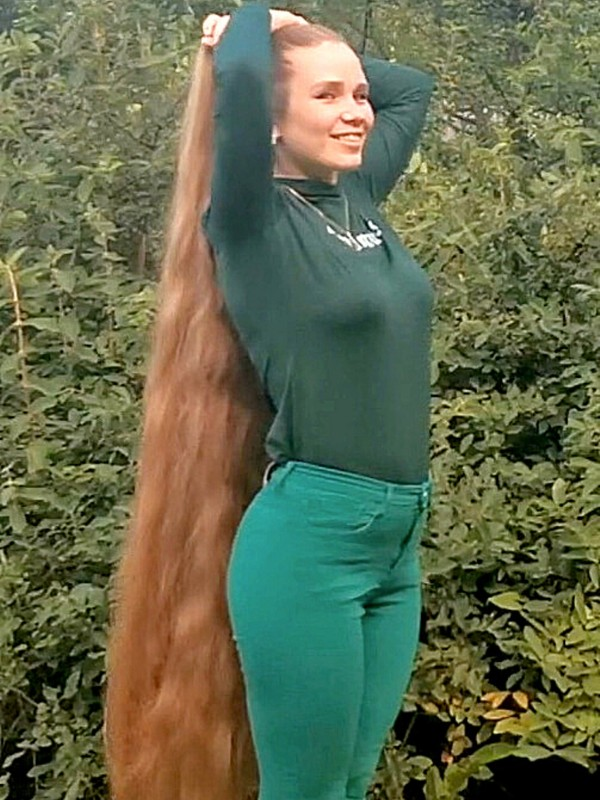 VIDEO - Long hair picnic 3
