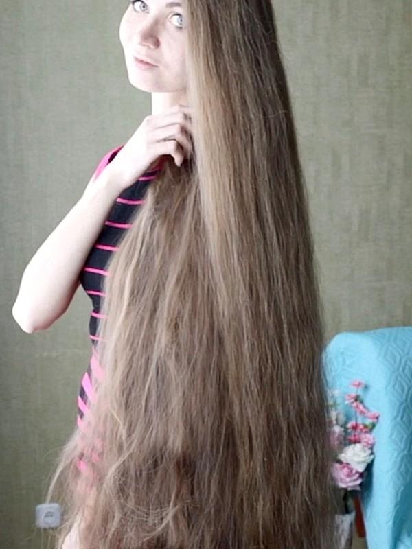 VIDEO - Dashik Gubanova