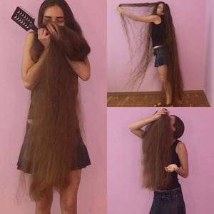 VIDEO - Super long hair smelling and hair play