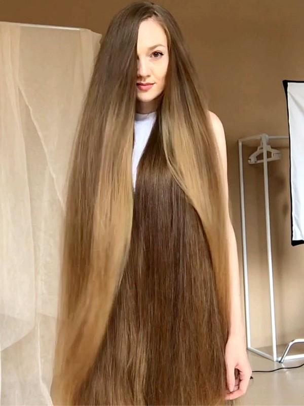 VIDEO - Light wind in hair inside