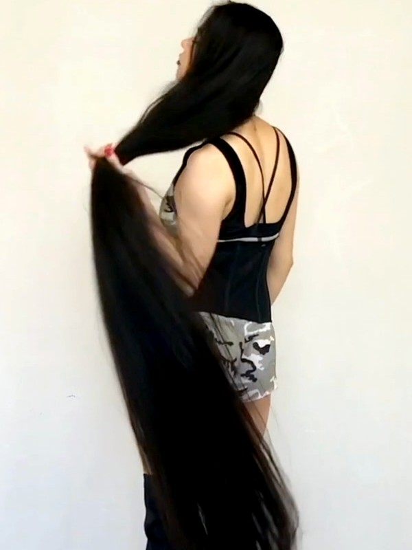 VIDEO - The more hair, the better! 2