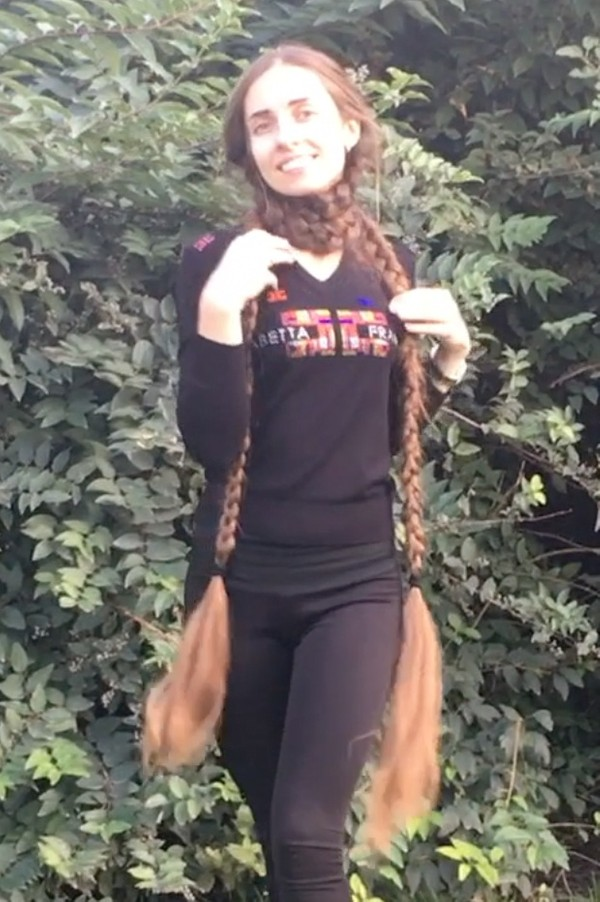 VIDEO - Braided, massive pigtails